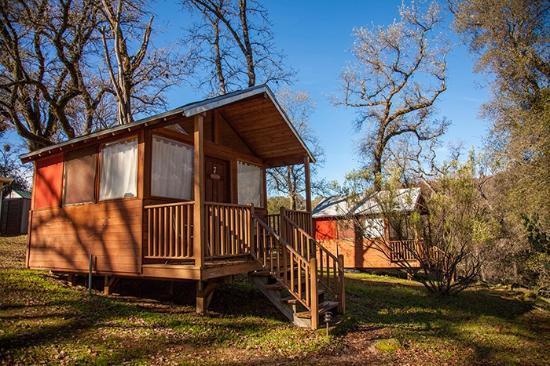 Om Cabin Exterior Picture Of Sivananda Ashram Yoga Farm