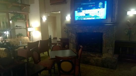 Hampton Inn & Suites Florence-North/I-95: Sitting area2