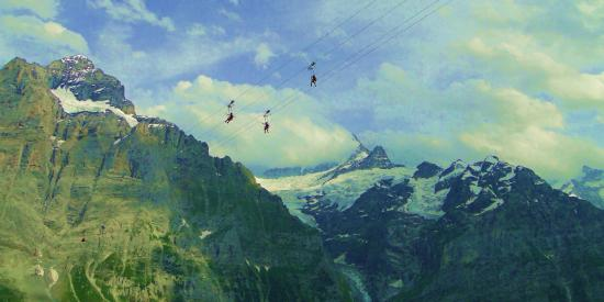 Grindelwald, Suiza: Flying over the Alps