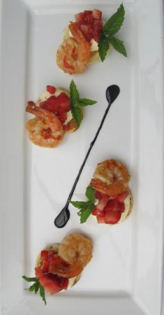 Chilli Prawns with strawberry salsa