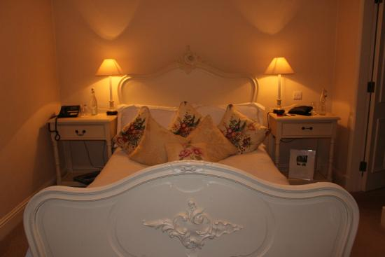 Conyngham Arms Hotel: My room