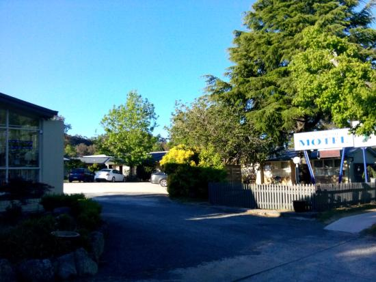 Mittagong Motel: view from street