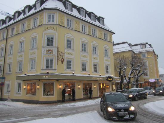 Kurcafe: отель с рестораном