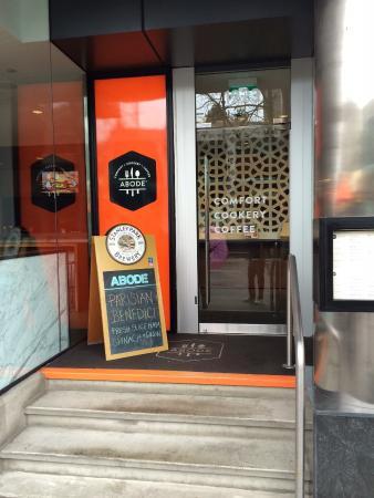 Abode Restaurant: Entrance
