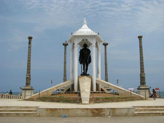 Union Territory of Pondicherry, Hindistan: Gandhi Statue Pondicherry