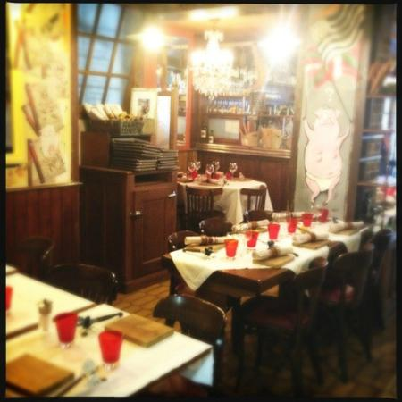 Photo of French Restaurant L'Ami Jean at 27 Rue Malar, Paris 75007, France