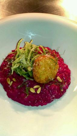 apartment: Beautiful Beetroot risotto. Goat cheese and fennel .
