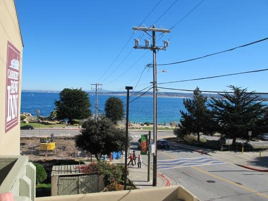 Cannery Row Inn : hope the construction won't block the partial ocean view