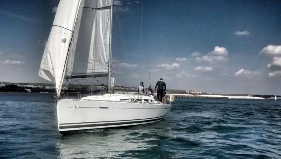 Lagoon Watersports - Brighton Marina: Yacht sailing , Brighton