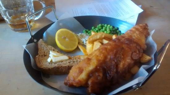 Somers Town Coffee House: fish and chips