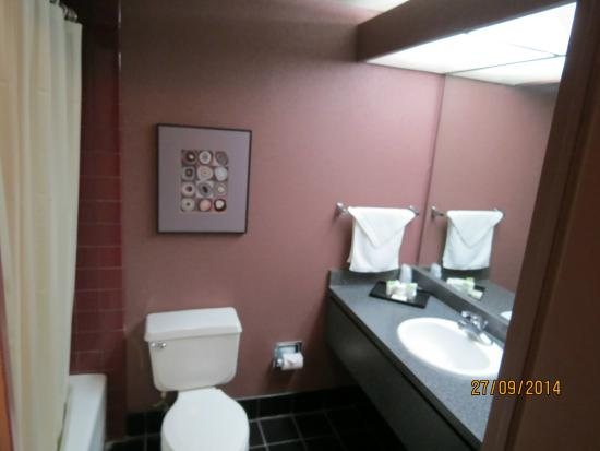 Compton, Kalifornia: Banheiro