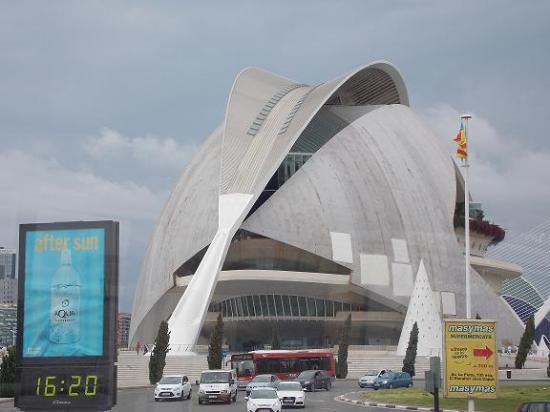 Valencia Bus Turistic: Ciudad de las Artes y la Ciencia.