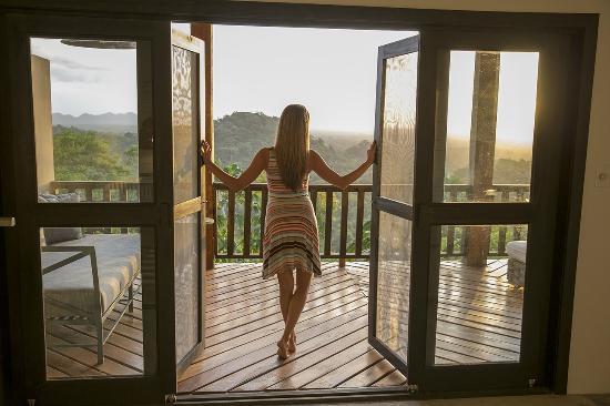 Belcampo Lodge: Ridge Suite Veranda