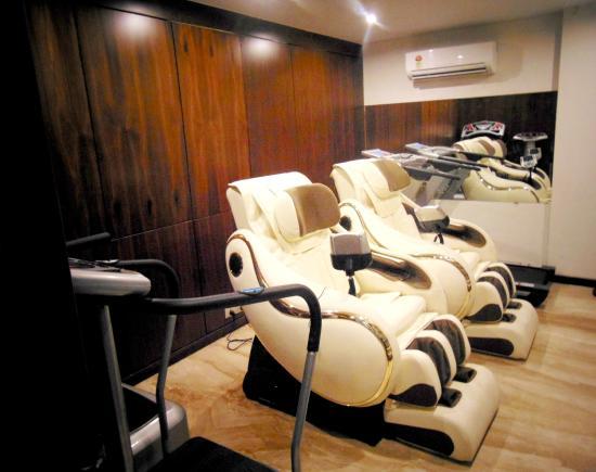 Hotel Grand Pragati Surat Inde Voir Les Tarifs Et Avis Hôtel