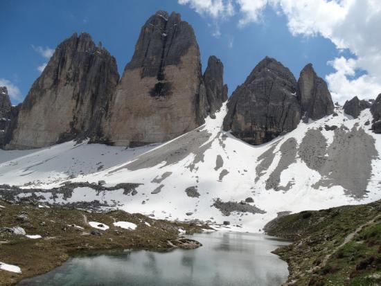 Tre Cime di Lavaredo: Seen auf der Nordseite der drei Zinnen bei der langen Alpe