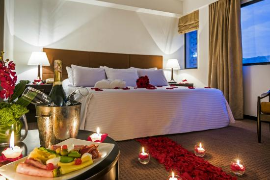 noche romantica en habitacion junior suite picture of