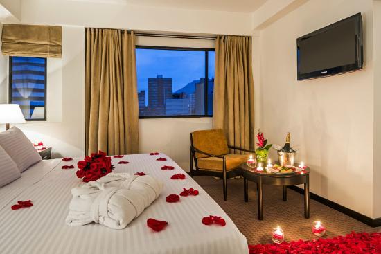 Noche romantica en habitacion junior suite picture of hotel augusta bogota tripadvisor - Decoracion habitacion hotel ...