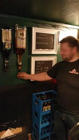 Iisalmi, Finnland: Basement Bar Pub