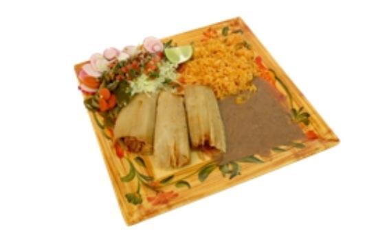 Luis's Taqueria: Order of Tamales