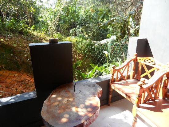 King Fern Cottage: balcon de la chambre