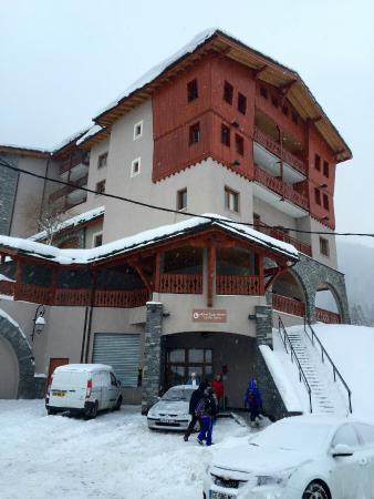 Hotel Club mmv Val Cenis: Un emplacement parfait pour partir et revenir skis aux pieds