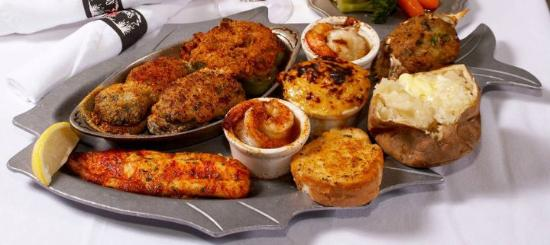Mike Anderson S Seafood Gonzales Broiled Platter