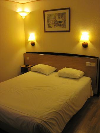 Campanile Amsterdam: Double Room #212 (10/Feb/15).