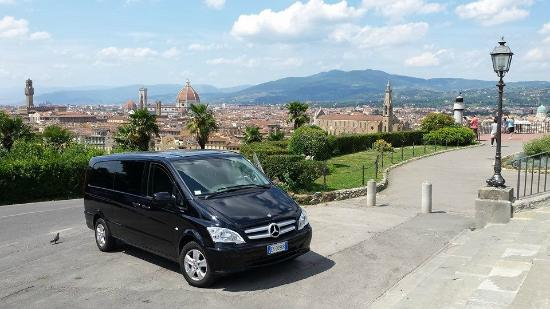 Nicola Scovenna NCC - Private Tours & Transfers