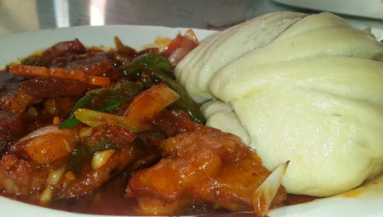 Kalsang Friend's Corner: Pork shapta and tingmo