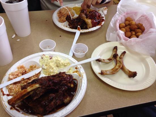 Carter Brother's BBQ & Ribs: Mmmmmmmmm!