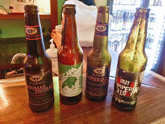 Best craft beer selection in pdc picture of club de la for Best craft beer club