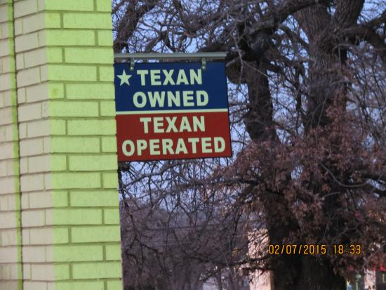 Econo Lodge: Texan Owned, Texan Operated
