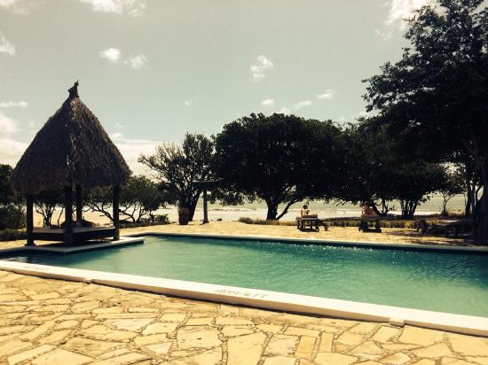 Hotel Punta Teonoste : pool - with shade if you want it!