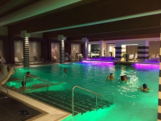 Foto de hotel mioni pezzato abano terme piscina california tripadvisor - Hotel mioni pezzato ingresso piscina ...