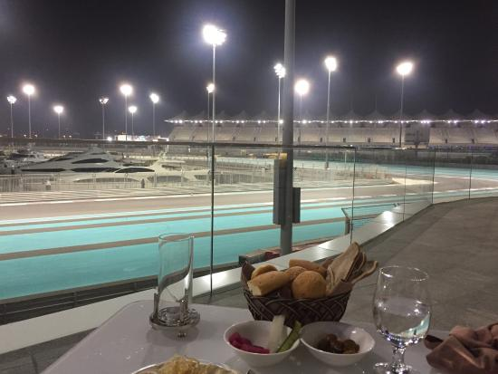 Atayeb : Dinner and a view of the track