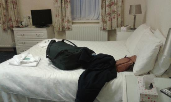 The Waverley Hotel: double bed