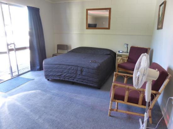 Adelphi Motel : Großes Zimmer