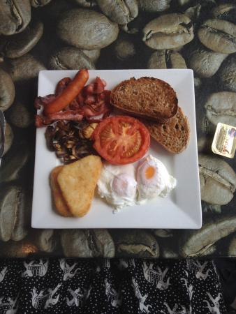 Upper Deck: Cafe Breakfast.
