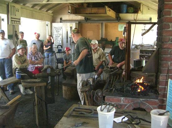 Rough and Tumble Historical Association: Blacksmith Shop