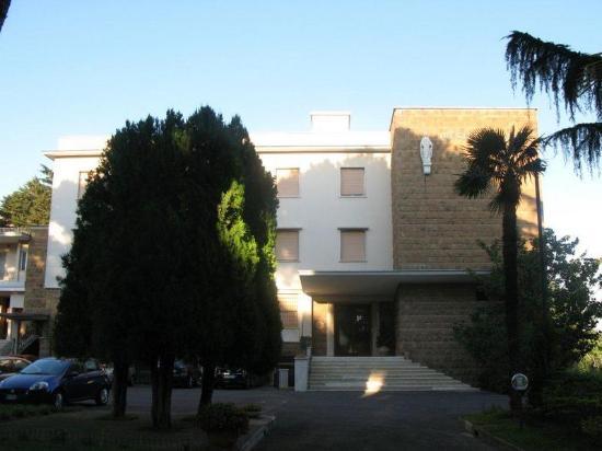 Ospitalita Regina Pacis