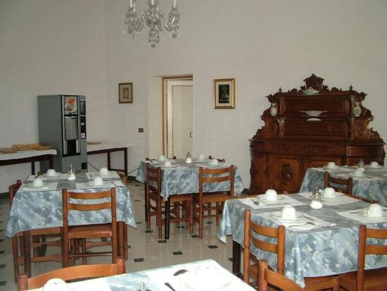 sala colazione - Foto di Ospitalità Regina Pacis, Roma