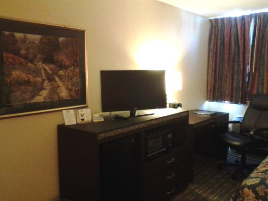 Days Inn Plymouth West/minneapolis : Guest Room