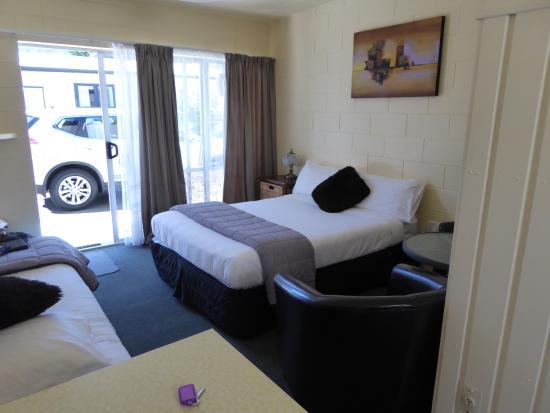 City Close Motel : Zimmer mit 1 großen und 1 kleineren Bett
