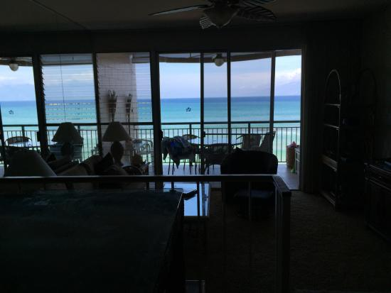 Makani Sands: Gorgeous view from the kitchen
