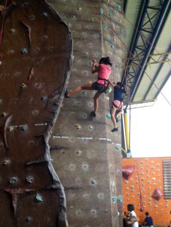 Sabah Indoor Climbing Centre : Likas, Sabah