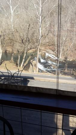 Amis Mill Eatery: Scenic View