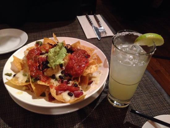 Criollo Latin Kitchen : Bacon nachos!!!