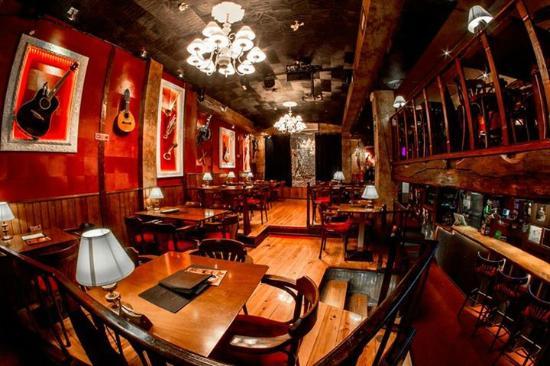 Damabrigo Bar