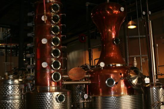 Charleston Distillery Tours