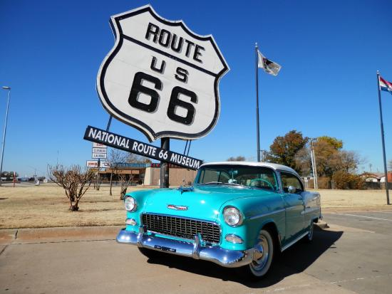 Pontiac (IL) United States  city photos : Mural in Pontiac IL Picture of Route 66, United States TripAdvisor